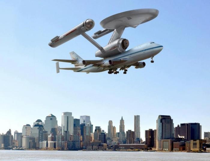 Enterprise-over-NYC.jpg (68 KB)