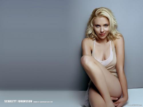 ScarlettJohansson_001.jpg (176 KB)