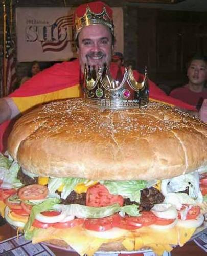 worlds_biggest_hamburger.jpg (71 KB)