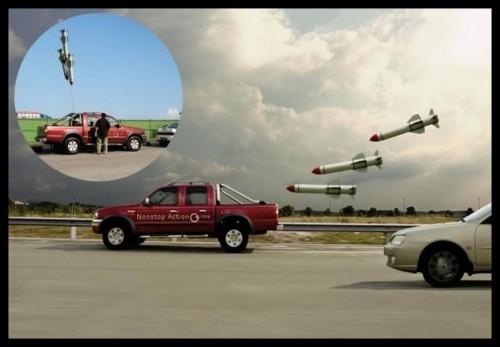 truck_missile_attack.jpg (69 KB)