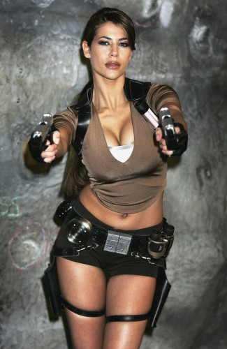 Tasty Lara Croft.jpg (331 KB)